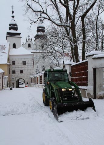 úklid a odvoz sněhu
